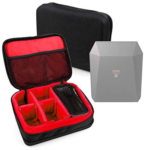 Galleria fotografica DURAGADGET Borsa Professionale Nera Con Interno Rosso Per Stampante portatile Fujifilm Instax Share SP-3 SQ – Imbottita – Con Scompartimenti Regolabili