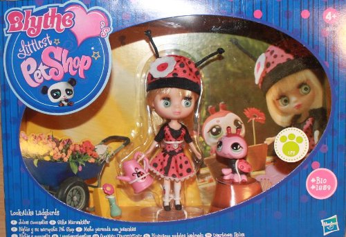 Hasbro Littlest Pet Shop-19455-Bambola-Petshop e Blythe-Ha La Pattinano