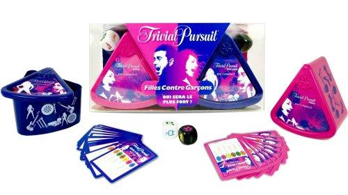 Hasbro - 452211010 - Trivial Pursuit - Jeu de Voyage - Grand Classique - Jeu Compact Filles - Contre Garcons