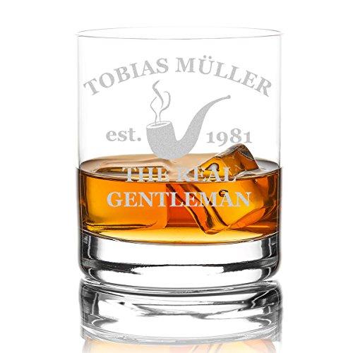 las Personalisiert 320 ml Trink-Glas für Whiskey, Rum und Scotch - Geschenk-Idee für Männer - Motiv-Gravur Real Gentleman Pfeife ()