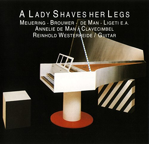 lady-shaves-her-legs