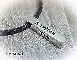 Namenskette, Edelstahlanhänger mit Gravur und Lederkette, Barrenkette für Männer