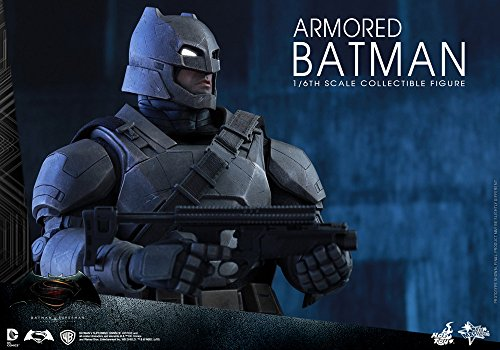 Hot Toys Batman VS Superman - Figura de Batman, Escala 1:6, diseño con Texto en inglés Armored Batman, Color Negro y Gris 5