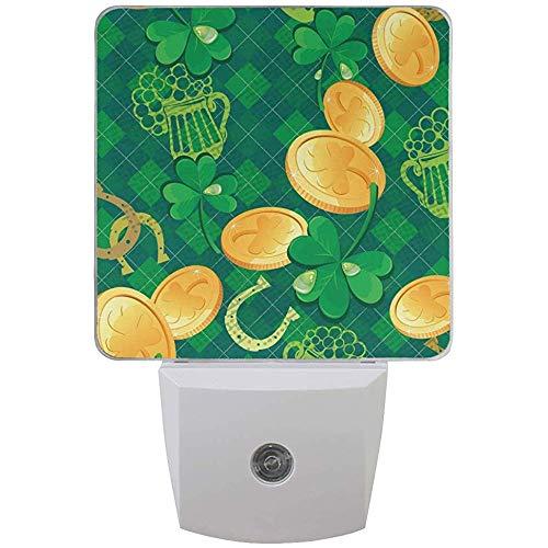 Happy Patrick 's Day Shamrock Rainbow Night Light plug in per camera da letto Bagno Cucina Corridoio, Spring Elf Hat Nightlights Auto Senor Dusk to Dawn for Kids Decorazione per int