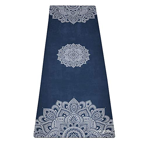 Yoga Design Lab Pendler Matte 1,5mm | Rutschfest, faltbar, leicht, Matte/Handtuch | Guter Halt bei schweißtreibendem Sport | Waschmaschinenfest | Ideal für Hot Yoga, Bikram (Mandala Sapphire)