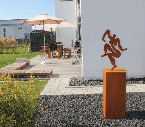 """Sibylle Rettenmaier """"NARZISSE"""" mit Sockel - Moderne Gartenskulptur / Skulptur / Akt – aus Metall 65 cm hoch"""