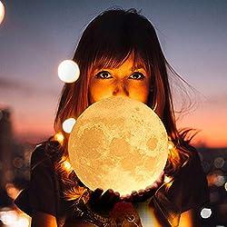 Arfbear Lampe Lune 3D Suspendue, 16 Couleurs Veilleuse LED avec Télécommande et Interrupteur Tactile, Lampe de Nuit USB Rechargeable avec Support en Bois, Décoration Lumières pour Kid Chambre 14cm