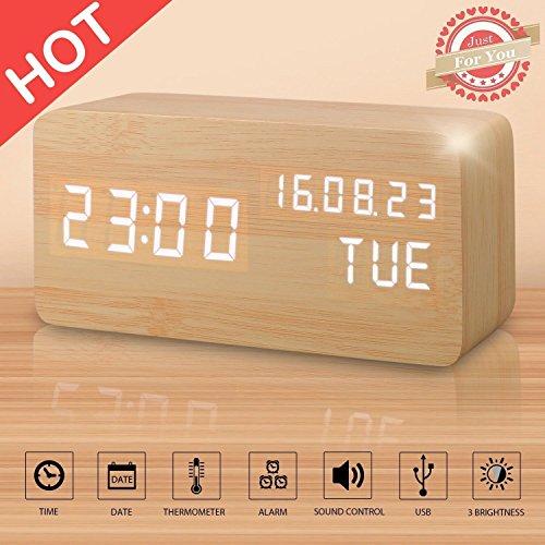 Réveil LED en Bois Artificiel, Horloge Numérique Activation Sonore Avec Température /Calendrier/ Luminosité USB Prise/Batterie...