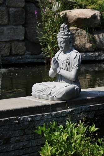 Figura de Buda Guanyin orando en la posición del loto - para casa y jardín - Altura 66 cm - gris 4