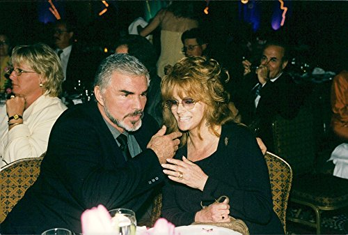 Vintage photo of Portrait of actor Burt Reynolds with Ann Margret