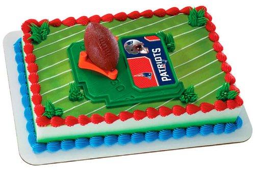 A Birthday Place NFL New England Patriots Football mit Tee-Cake Dekorationsset