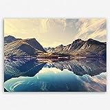 ge Bildet hochwertiges Leinwandbild Naturbilder Landschaftsbilder - Norwegische Berglandschaft - Norwegen Bild Natur Berg See - 70 x 50 cm einteilig | Wanddeko Wandbild Wandbilder Wohnzimmer deko Bild | 2213 L