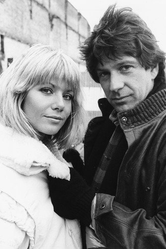 Dempsey & Makepeace 24x36inch (60x91cm) Poster Glynis Barber Michael Brandon