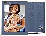 Nixplay Seed 8 Zoll Bilderrahmen mit WLAN und Cloud-Speicherplatz, Fotos und Videos einfach über App übertragen. Automatisches Ein/Ausschalten durch den Bewegungssensor, Fernbedienung. Farbe: Blau. W08D