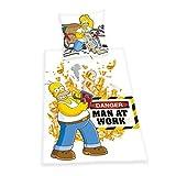 Herding 440821050 Bettwäsche Simpsons, Kopfkissenbezug 80 x 80 cm und Bettbezug 135 x 200 cm, 100% Baumwolle, Renforce