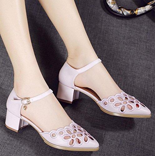 Die rohe hohle Spitze atmungsaktive Schuhe mit einem Snap-Wort-Header mit Sandalen B
