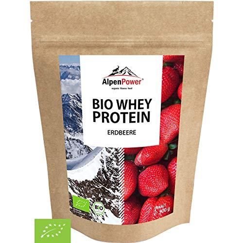 ALPENPOWER | BIO WHEY Protein Erdbeere | Ohne Zusatzstoffe | 100{ad2d5073b9e9e5a8dda24ac25373024c3a1daee225ad9e2a903f66661dcef08e} natürliche Zutaten | 7 Sorten | Bio-Milch aus Bayern und Österreich | Superfood Erdbeere | Hochwertiges Eiweiß | Low Carb | 500 g