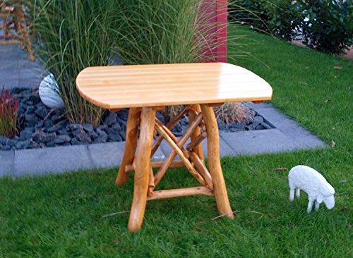 lifestyle4living Ovaler Gartentisch aus Eiche hell ist 100 cm breit, wetterfest lädt zum Verweilen...