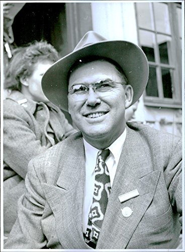 vintage-photo-of-glen-talbot-from-the-united-states-agricultural-delegate