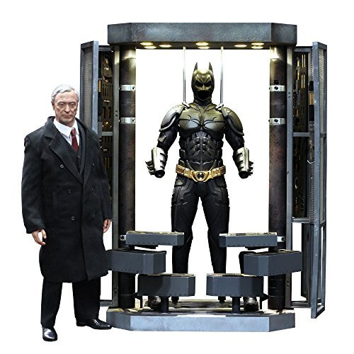 Batman Dark Knight Rises Hot Toys 1/6 Scale Collectible Figur Set Batman Massachusetts), Alfred & Batman by Hot Toys (Alfred Batman Figur)
