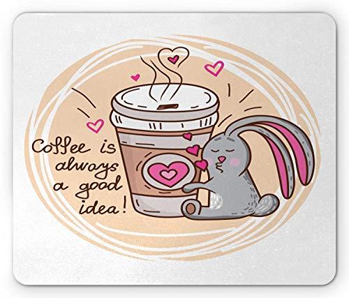 Häschen-Mausunterlage, Kaffee-Liebhaber-lustiges Häschen-Umarmen nehmen Schale mit einer Zitat-Gekritzel-Grafik, rutschfestes GummiMousepad des Standardgrößen-Rechtecks, Pfirsich-graues rosa Brown her