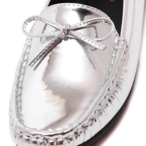Fortuning's JDS Slittamento di cuoio verniciata delle donne sui fannulloni con il arco Argento