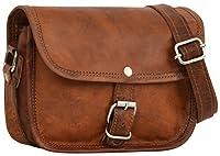 Ce sac à main en cuir vous accompagnera où que vous alliez et apportera à votre tenue un je-ne-sais-quoi vintage irrésistible.Dimensions en cm : 17 cm (L) x 13 cm (H) x 8 cm (P)Doublure : recouvert d'un tissu vertLe rabat recouvre le devant d...
