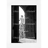 Archivio Foto Locchi Firenze – Stampa Fine Art su passepartout 50x70cm. – Immagine del David di Michelangelo a Firenze negli anni '50
