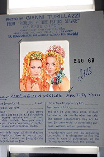slides-photo-of-kessler-twins-alice-and-ellen-wearing-a-head-dress