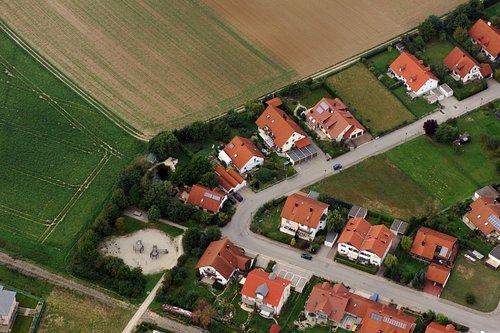 MF Matthias Friedel - Luftbildfotografie Luftbild von Otto-Wels-Straße in Kösching (Eichstätt), aufgenommen am 14.09.06 um 16:15 Uhr, Bildnummer: 4451-65, Auflösung: 4288x2848px = 12MP - Fotoabzug 50x75cm (Wels Uhr)