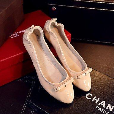 Confortevole ed elegante piatto scarpe donna appartamenti rientrano Comfort Casual in pelle tacco piatto Bowknot Nero Rosso mandorla altri almond