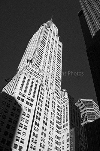 Chrysler Building, einem 30,5x 45,7cm Fotografien Print Foto von The Chrysler Building in New York City Vereinigten Staaten von Amerika Portrait Foto schwarz und weiß Bild Fine Art Print. Fotografie von Andy Evans Fotos