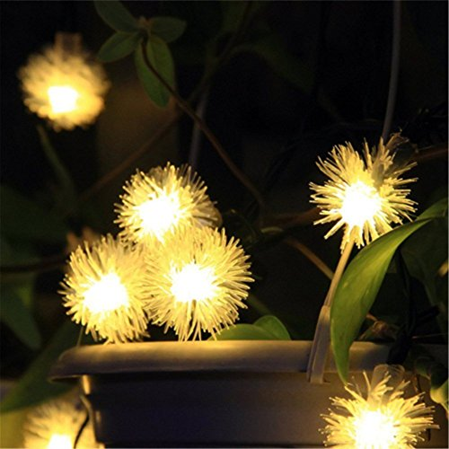 Quace Solar String Lights 6m/20ft 30 LED Water-Resistant Lights Festival Decoration Snow Flakes Shaped String Lights for Indoor Outdoor Bedroom Patio Lawn Garden Wedding Party Decorations - Warm White