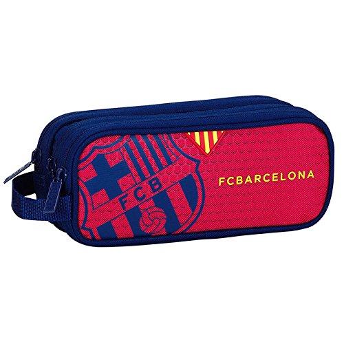 Tamaño: 21x8,5x7cm. FC Barcelona triple pencil case.