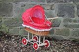 Puppenwagen aus Weide mit Rot mit Punkten und Holzgriff...extra stabil...