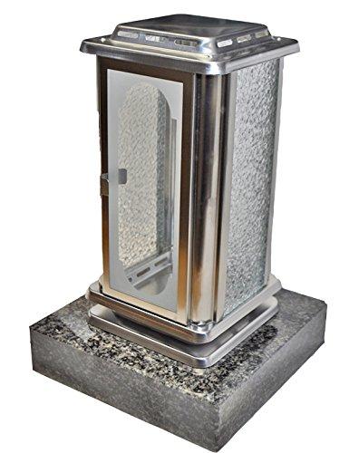 Grablaterne EMSL02 aus Edelstahl montiert auf einem Granitsockel