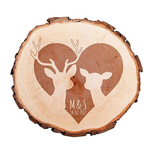 Baumscheibe mit Gravur – personalisiert mit [INITIALEN] und [DATUM] – als Türschild, Wandschild, Dekoration, Hochzeitsgeschenk, Liebesgeschenk, Geburtstagsgeschenk oder zum Valentinstag – Motiv