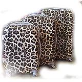 """Juego de 3 Maletas, modelo: """" Leopardo """". Con 4 ruedas. Medidas maleta grande: 75x50x30cms.. Medidas maleta mediana: 65x43x26cms.. Medidas maleta pequeña: 55x37x23cms.. Fabricadas en ABS."""