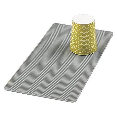 mDesign Chevron Dish Drying Mat for the Kitchen - Made of Silicone - Small Dish Drainer for Worktops & Sinks - Ideally Suited as a Sink Protector Mat for Pots and Pans - Dishwasher Safe -