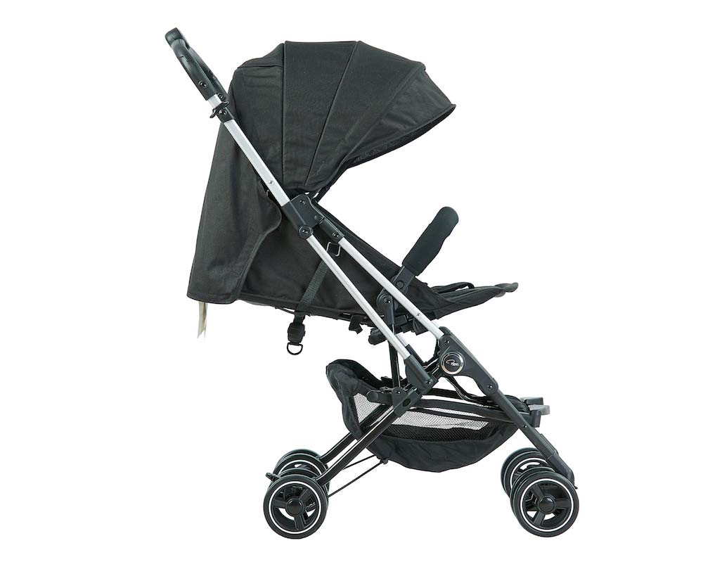 Roma Capsule² Compact Airplane Travel Buggy from Newborn Only 5.6 kgs - Black with Silver Shimmer Chassis Roma Compact lie-back stroller - suitable from newborn to 15 kgs Includes rain cover, insect net, travel bag Locked and swivel wheels, shopping basket, 5