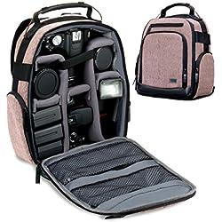 USA Gear Sac à Dos de Voyage avec Intérieur Ajustable pour Randonnées en Montagne, Base Etanche & Support Dos Rembourré - Compatible avec Canon EOS T5 / T6, Nikon D3300 / D3400 et Plus ! - Marron