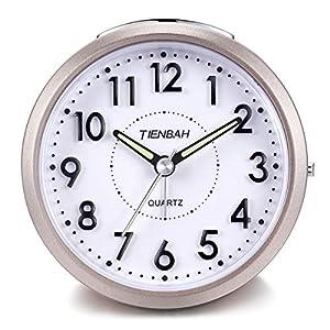 Yadelai Reise Analoge Wecker,Snooze und Licht Funktionen Morgen Uhr für Kinder Männer Frauen Home Schlafzimmer Büro Uhr (Rosa)