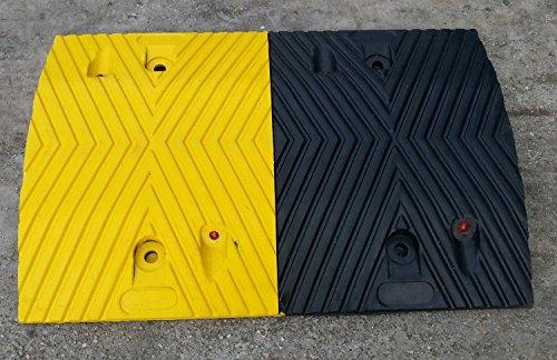 rsb-215mby-ralentisseur-noir-et-jaunes-partie-du-moyen-50x35x5cm