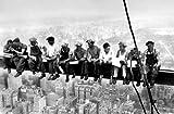 Postertapete 1-teilig - Eating above Manhattan - Brooklyn USA Amerika America U.S.A. Manhatten Skyscraper Wolkenkratzer Stahlarbeiter Stahlträger Girder New York - Größe 115 x 175 cm, Fototapete, Bildtapete, Türtapete