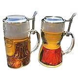 2 Glas-Bierkrüge im Dirndl & Lederhosen-Look mit Zinndeckel 0,5 l