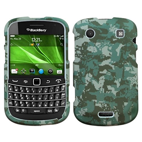 Camo Handy-faceplates (MYBAT BB9930HPCLZ766NP Lizzo Durable Protective Case for BlackBerry Bold 9930-1 Pack - Retail Packaging - Digital Camo/Green)