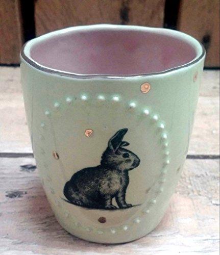 Keramik Becher, Espressobecher ' Hase im Goldregen' grün