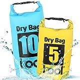 kool® Dry Bag SET 5L + 10L – wasserabweisende Trockentasche / Seesack mit Trageriemen für Outdoor Aktivitäten wie Wandern / Camping / Kajakfahrt / Kanufahrt / Bootsfahrt / Rafting / Snowboarden