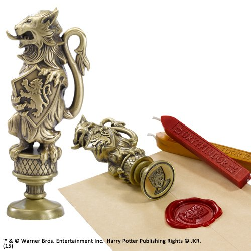 Noble Collection Gryffindor Wax ...