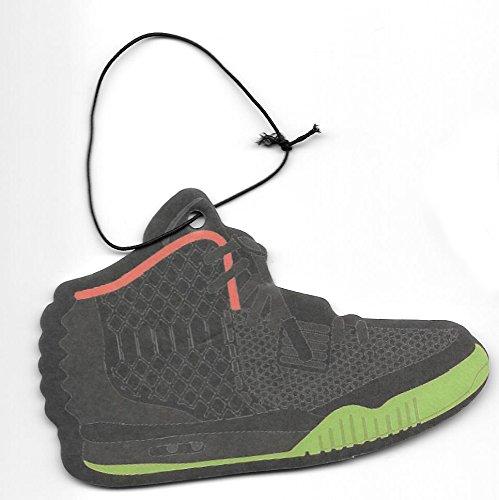 air-yeezy-ii-sneaker-air-freshener-black